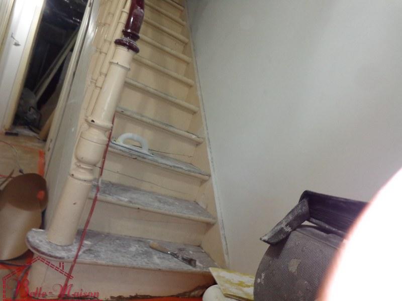 R novation d 39 escaliers en bois fa ades renovation - Renovation escalier en bois ...