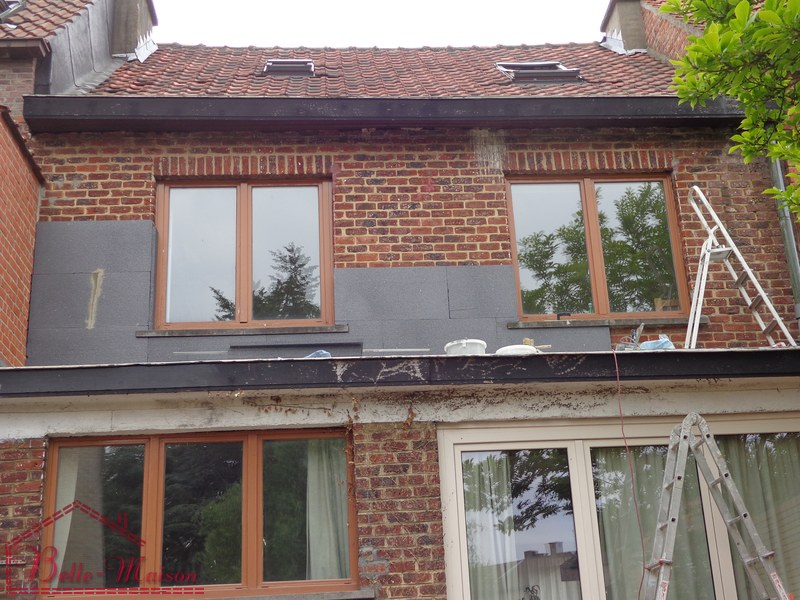Belle facade maison id es novatrices de la conception et for Belle facade maison