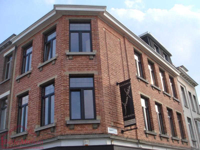 Entreprise de construction isolations fa ades terrasses for Entreprise de construction maison